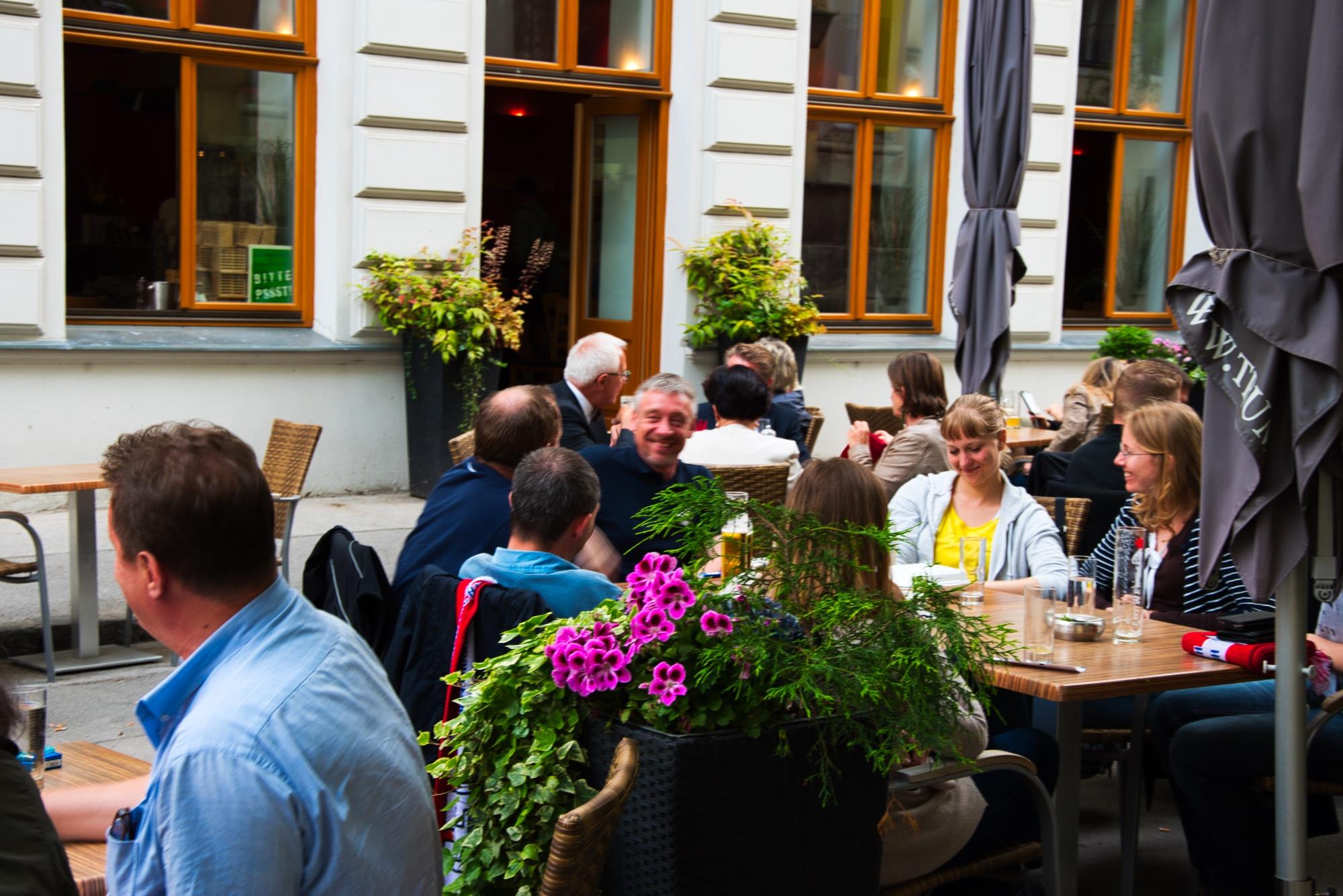 Frühlingsfest der w4tour im Leopold Essen & Trinken